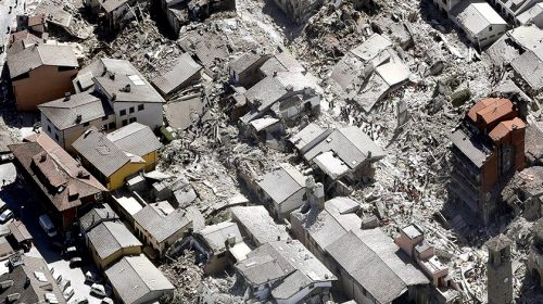 Olaszországi földrengés – Építeni gyorsan, de jól