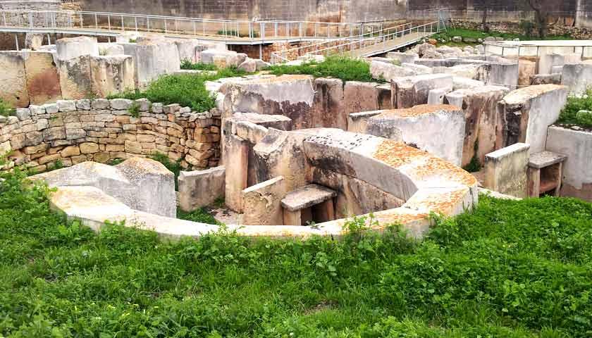 Kőépítmények az őskorban