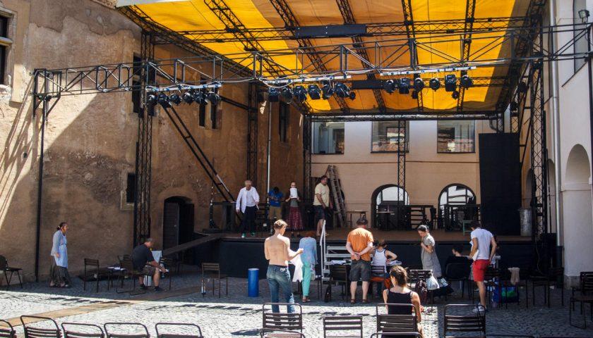 Megújításra szorulnak a szabadtéri színházak nézőterei és színpadai