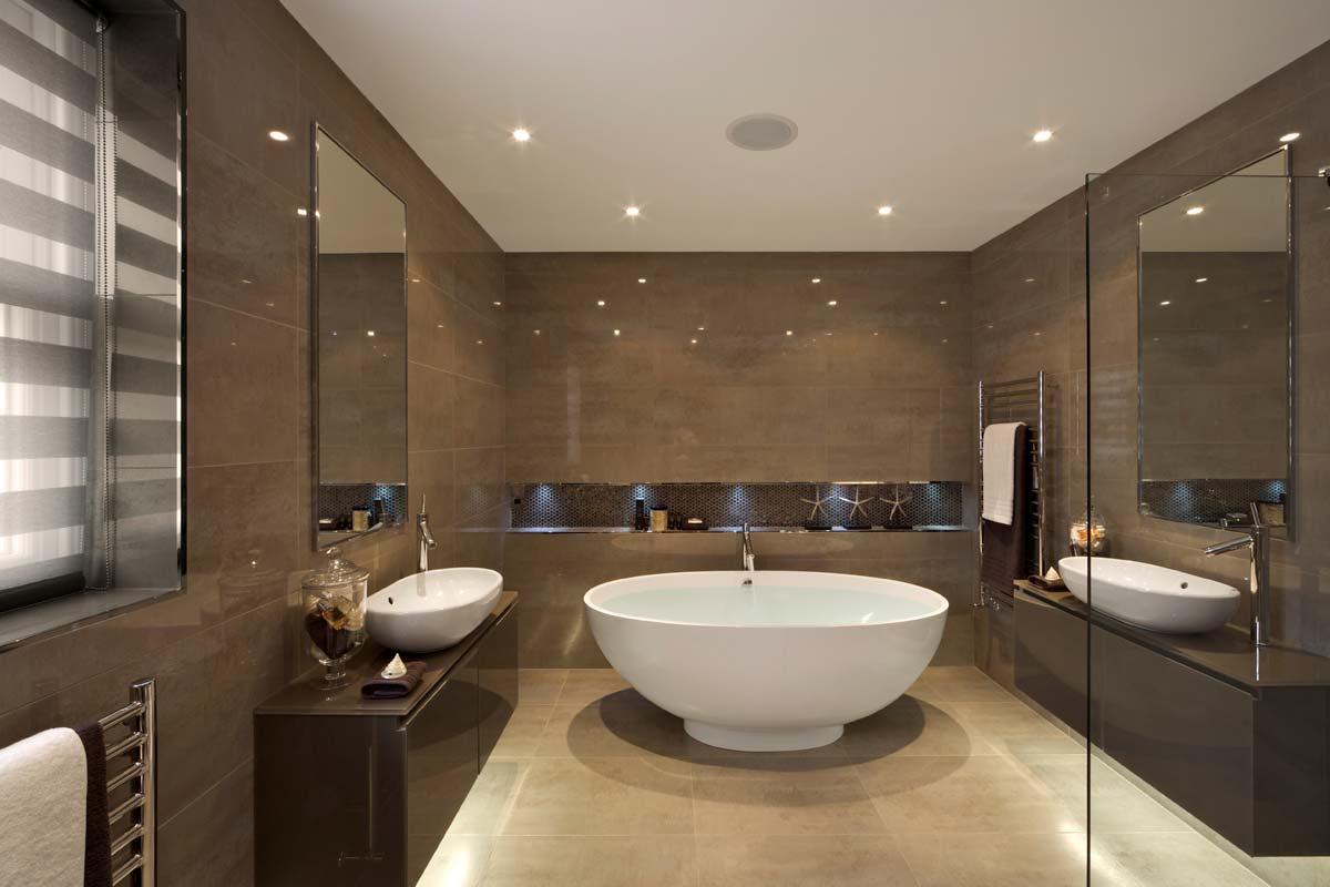 Barna, modern fürdőszoba, káddal és mosdóval